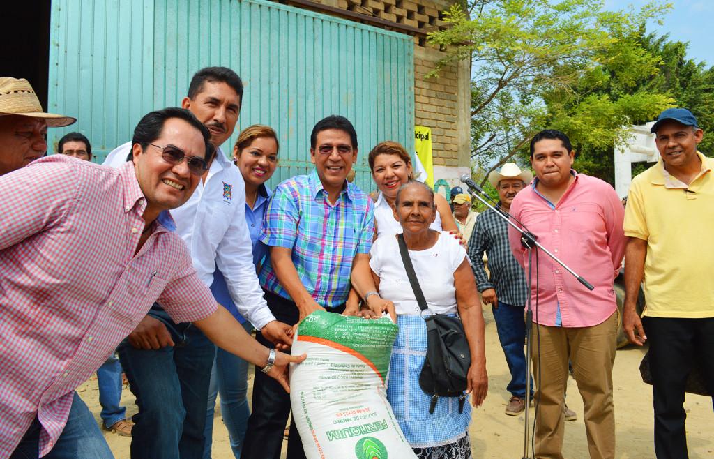 Entrega de fertilizante (1)