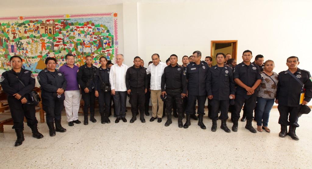 """LA POLICÍA ESTATAL ES UNA INSTITUCIÓN QUE SE DEBE ATENDER Y SOBRETODO DIGNIFICAR"""" HÉCTOR ASTUDILLO2"""