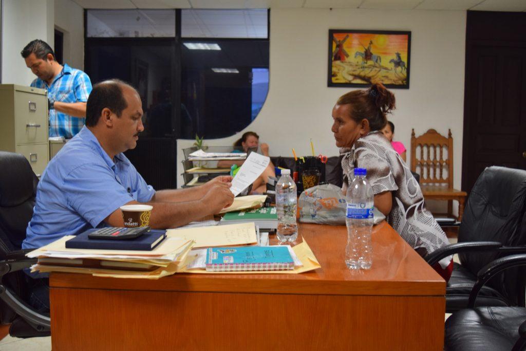 El presidente Arturo Gómez atiende audiencias