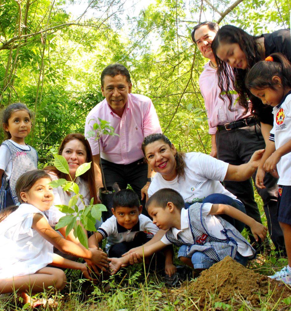 Alcalde GGB ofrece apoyar acciones a favor de parque de El Limón