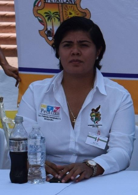Desmiente salida del partido verde ecologista regidora en Petatlán