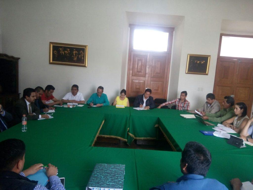 Logra Segob mediar acuerdo entre autoridades de Tingambato y comuneros de Pichátaro