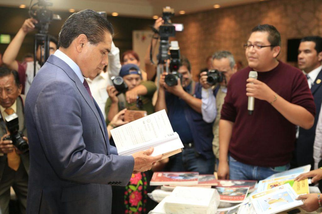 Inicia Gobernador nueva ruta de diálogo y respeto con la CNTE