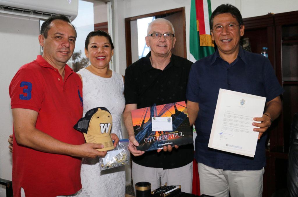 Alcalde canadiense reconoce trabajo de su homólogo Gustavo García Bello