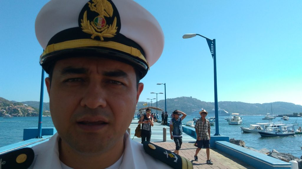 Lancheros deben pagar personal que auxilie a turistas al abordar embarcaciones