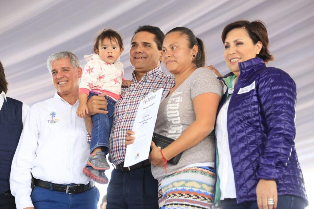 Entregan Gobernador y Sedatu apoyos por casi 12 mdp en Sahuayo