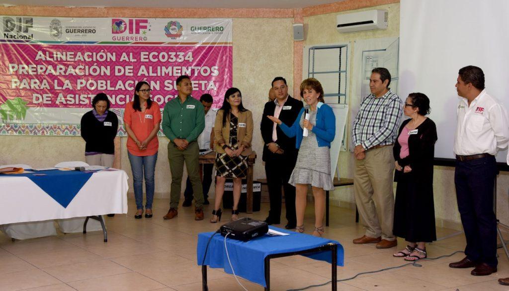 Personal del DIF Guerrero, recibió capacitación en la elaboración y manejo de alimentos del DIF nacional
