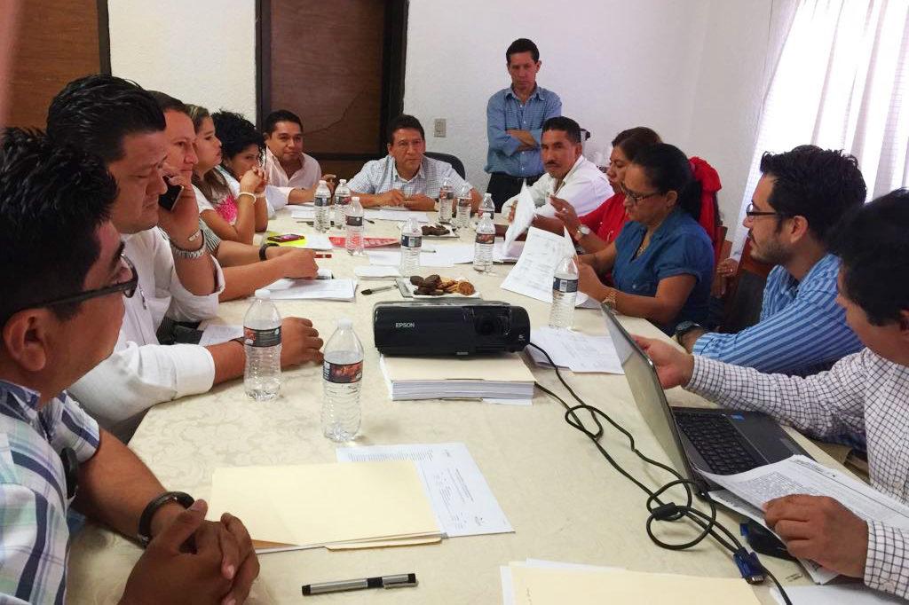 Alcalde Gustavo García Bello encabezó sesión extraordinaria del Consejo de Administración de la Capaz