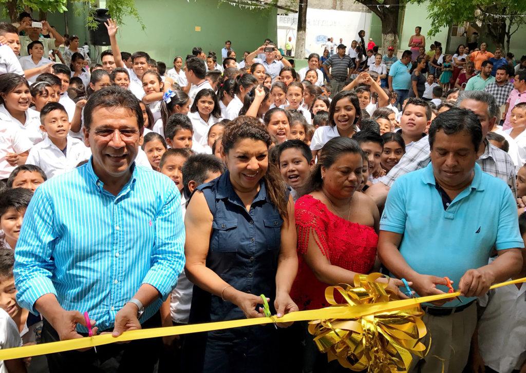 Alcalde Gustavo García Bello comprometido con la calidad educativa