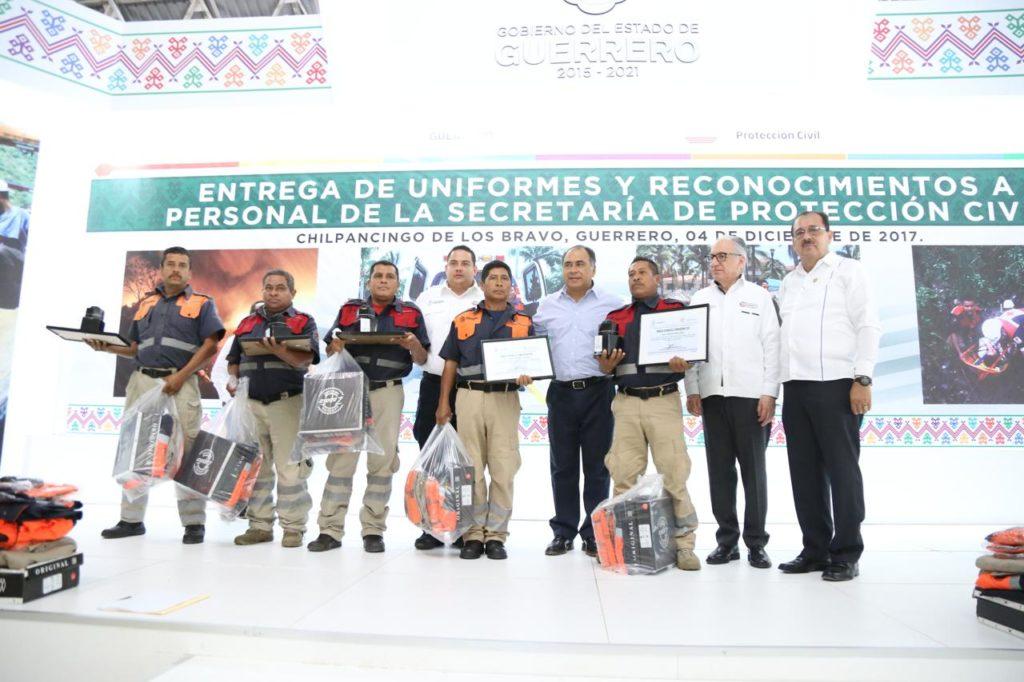 reconoce el gobernador Astudillo a proteccion civil
