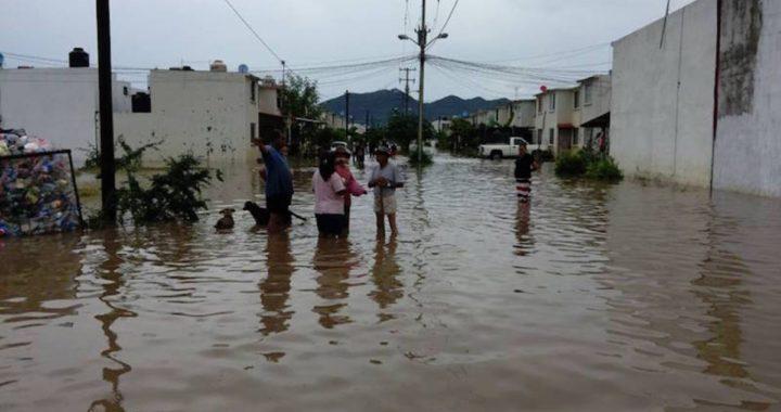 Ochocientas familias en alto riesgo ante la temporada de lluvias en Petatlan