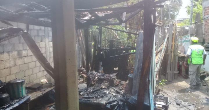 Se incendia humilde vivienda en El Súchil, en el municipio de Tecpan