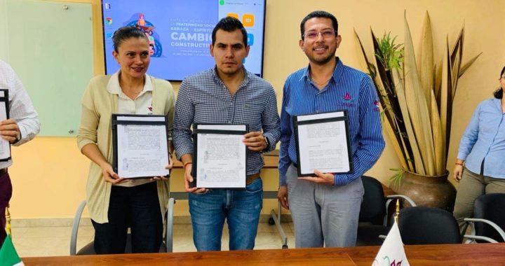 Firma convenio gobierno municipal de Tecpan con la congregación Mariana Trinitaria