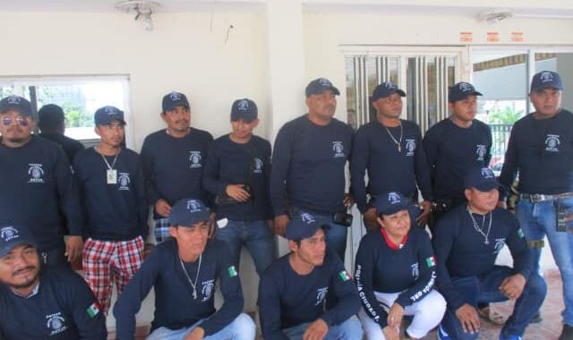 Se deslindan de la UPOEG integrantes de autodefensas del Bajo de Petacalco