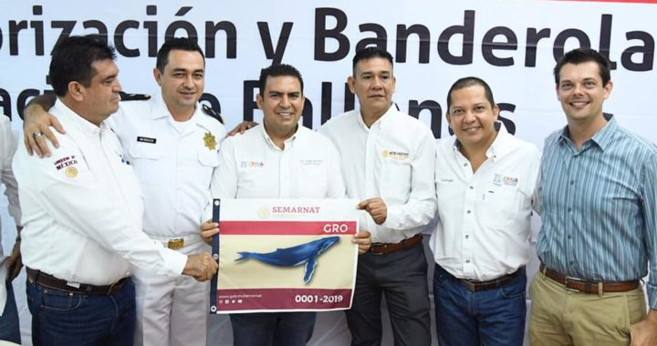Alcalde Jorge Sánchez Allec encabeza entrega de autorizaciones para avistar ballenas