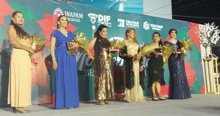 Leticia de la Cruz, reina del certamen Flor de Nochebuena Belleza en Plenitud 2019