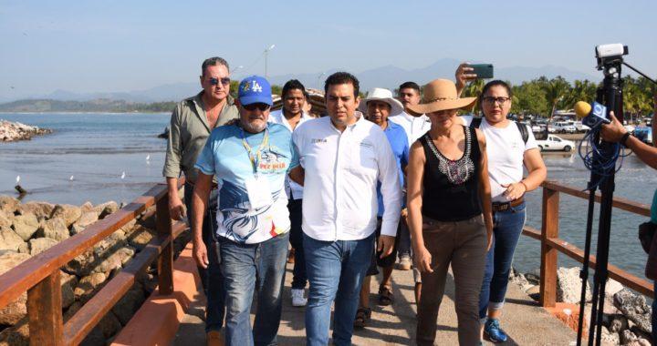 Alcalde Jorge Sánchez Allec inauguró la rehabilitación del muelle de playa Linda