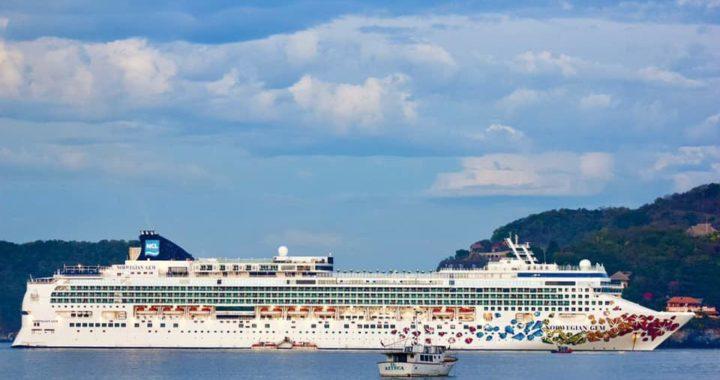 Ixtapa Zihuatanejo recibió dos cruceros