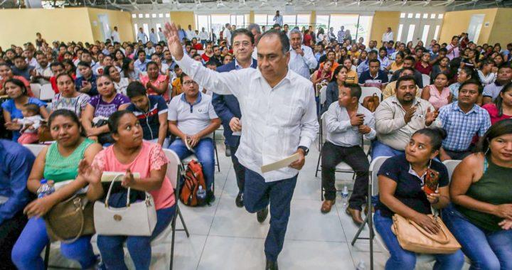 RECONOCIMIENTO A MAESTROS INDÍGENAS, RECIBEN NOMBRAMIENTOS DEL GOBERNADOR ASTUDILLO