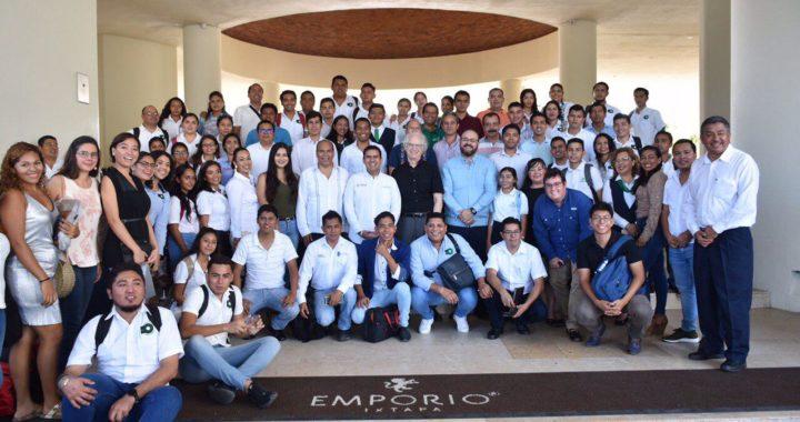Jorge Sánchez asiste a encuentro de emprendedores