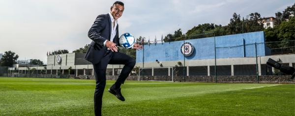 «Cata» renueva con Cruz Azul hasta 2023
