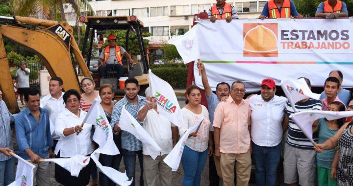 Gobierno de Jorge Sánchez Allec inicia pavimentación en retorno vial del Fovissste