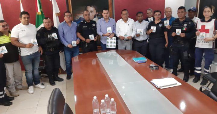 Lanzan en Tecpan campaña para prevenir accidentes en motocicletas; después vendrán multas a quien no cumpla, afirman autoridades