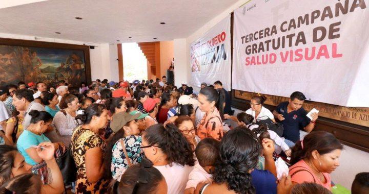 DIF Zihuatanejo beneficia a 2000 personas con campaña gratuita de lentes