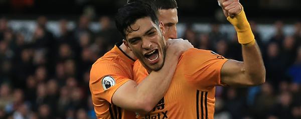 Raúl Jiménez anotó en el triunfo sobre el Tottenham