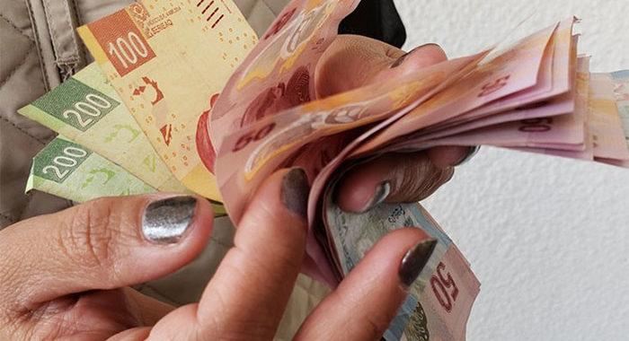 Brecha salarial, lastre que aún cargan mujeres michoacanas: ganan 26% menos que los hombres