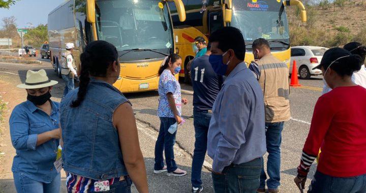 Presidente Crescencio Reyes supervisa Filtros Sanitarios de Covid-19en La Union