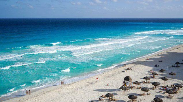 Por emergencia sanitaria, ordenan cierre de TODAS las playas del país