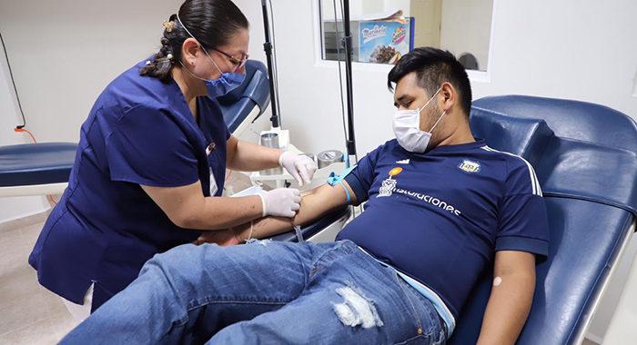 Responden michoacanos a campaña para donar sangre