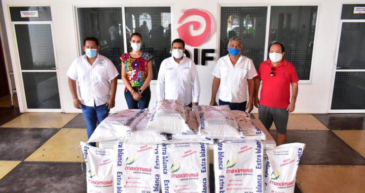Gobierno municipal recibe apoyo del sector empresarial de la masa y la tortilla para entregar a familias.