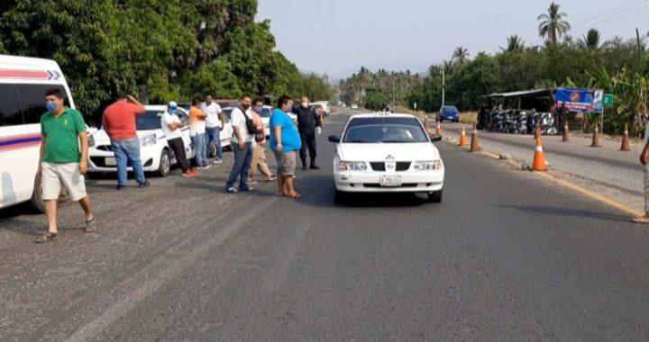 Acuerdan reactivar las rutas del transporte Tecpan-Atoyac, Tecpan-Acapulco, ante la falta de apoyo gubernamental