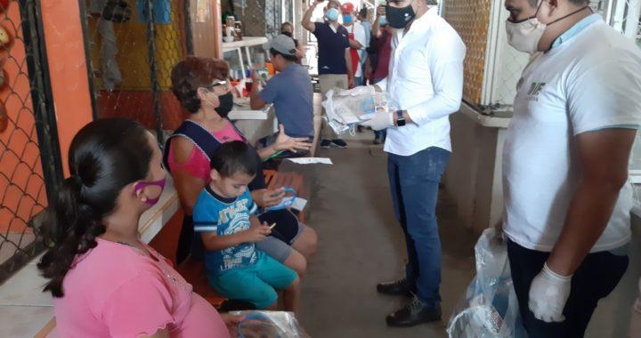 Pone en marcha gobierno del estado campaña para usar correctamente cubrebocas en Tecpan