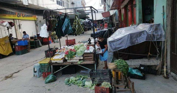 Tras permanecer cinco días cerrado, abren el mercado central de Atoyac