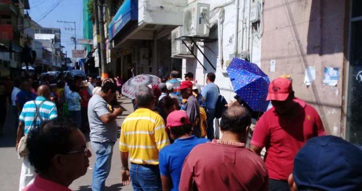 Trabajadores de PC de Atoyac obligados a sanitizar sin equipo de protección