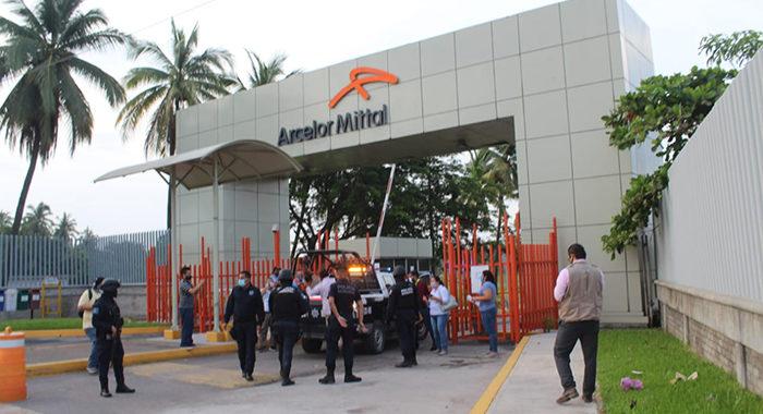 En desacato a un amparo, Ayuntamiento clausura instalaciones de ArcelorMittal