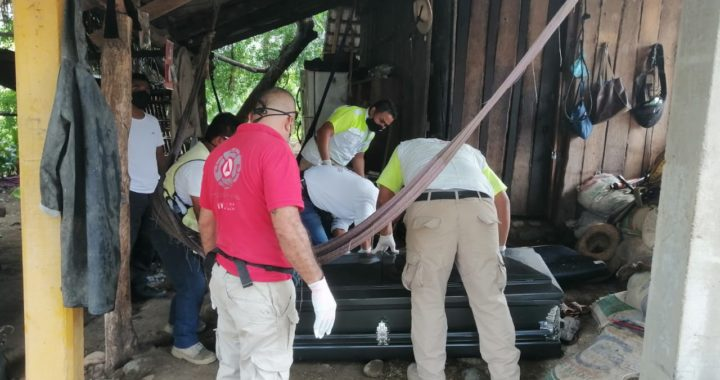 Un hombre en situación de calle, fue hallado sin vida en las inmediaciones de la unidad deportiva en el municipio de Tecpan