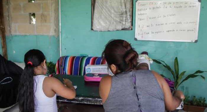 Se complica el inicio del ciclo escolar en Michoacán: a distancia pero sin libros de texto gratuitos