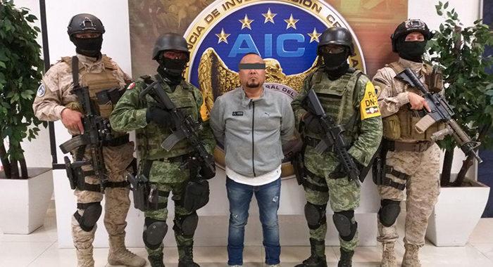9 detenidos, armas largas, lanzagranadas, vehículos y una mujer rescatada, dejó operativo donde cayó «El Marro»