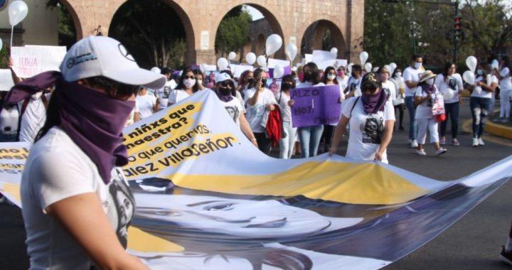 En silencio, marchan por Jessica González en Morelia; exigen justicia y un alto a la violencia