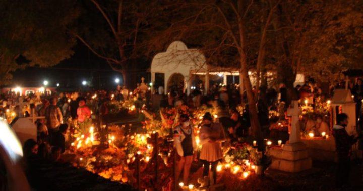 Es una celebración íntima: Tzurumútaro cierra puertas del panteón a los visitantes