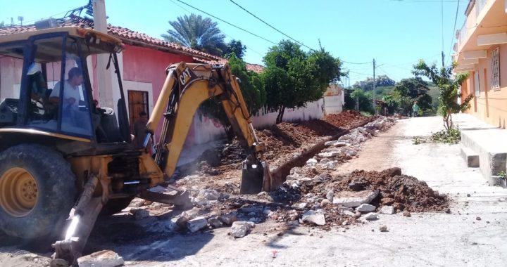CAPAU reemplaza red de drenaje en la cabecera municipal de La Unión