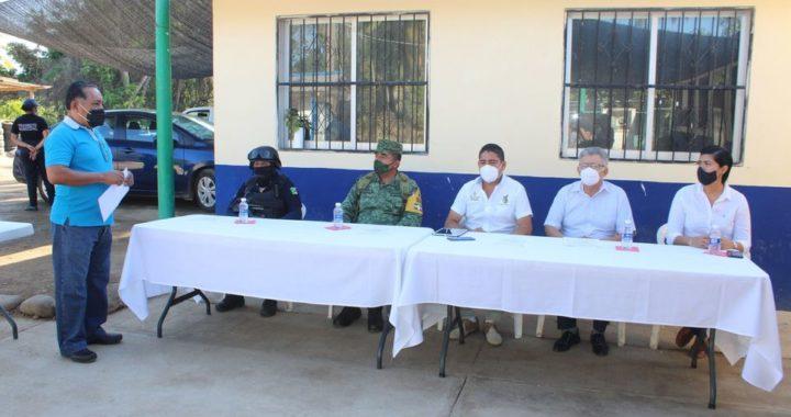 EL PRESIDENTE CHRISTOPHER CÁRDENAS, PUSO EN MARCHA EL CENTRO DE CONTROL, COMANDO Y COMUNICACIÓN (C4) EN PETATLÁN.