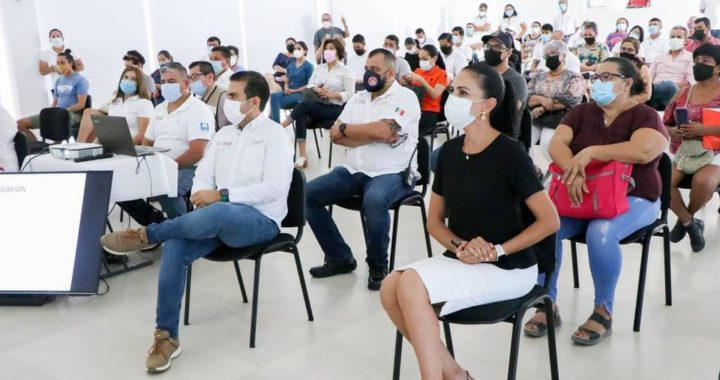 Inicia gobierno que preside Jorge Sánchez presentación de actualización de reglamentos municipales.