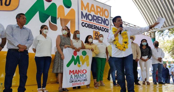 Mario Moreno visita La Unión y se compromete a modernizar el campo