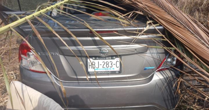 Mujer sale disparada en su coche de la carretera cerca del ramal de Tenexpa