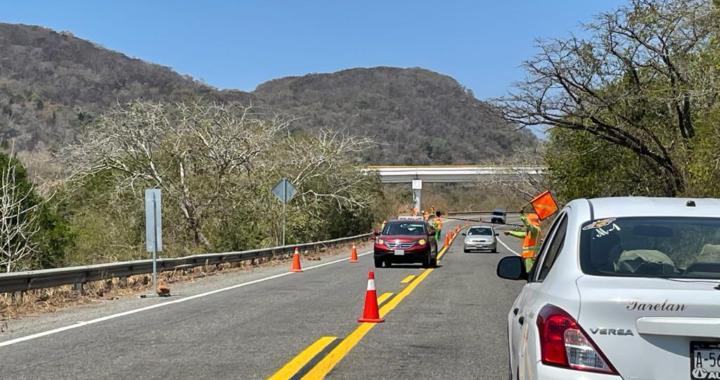 SCT tiene en el olvido tramo carretero Feliciano-La Unión